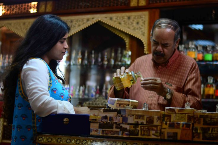 buying perfume in cairo